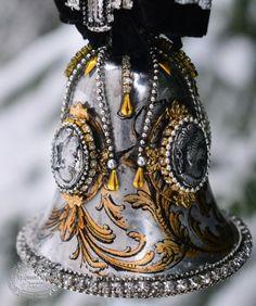 Shabby Chic Christmas Ornaments, Christmas Decoupage, Christmas Tree Toy, Christmas Balls, Christmas Colors, White Christmas, Christmas Crafts, New Years Decorations, Christmas Decorations