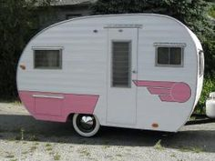 Vintage campers trailers for sale love ideas Small Camper Trailers, Camper Trailer For Sale, Small Campers, Vintage Campers Trailers, Vintage Caravans, Trailers For Sale, Camping Trailers, Rv Camping, Hot Trailer