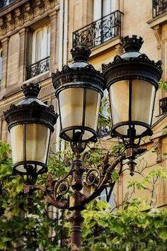 Famous Art Prints Modern City Lamp Posts