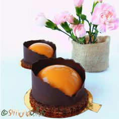 Chocolate Caramel Entremet Semispheres These Chocolate & Caramel Entremet Semispheres are not only very impressive but also delicious.