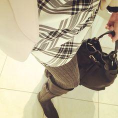 In ❤️ with... Meinen neuen Overknees aus weichem Kalbsleder von Flavio Menorca (über www.stil-carree.de)! Etui-Kleid (Zara) Tasche (Lupo Barcelona) Blazer (H&M) #winterdress #overknee #flaviomenorca #lupobarcelona #isadora #winterstyle #styleoftheday #styleblogger #lookoftheday