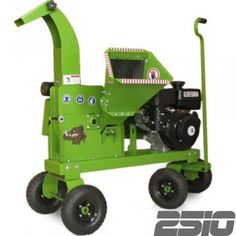 "2.5"" wood chipper - Yardbeast 2510 > Subaru® EX27 9.0HP Manual recoil gas engine. Hilliard® centrifugal clutch with 1 V-belt transmission. Operator Safety Equipment: Gloves, Safety lens, Earplugs. Check more at http://farmgardensuperstore.com/product/2-5-wood-chipper-yardbeast-2510/"