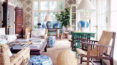 7 DREAM Celebrity Vacation Homes // Tory Burch, Hamptons, beach house, weekend home, Southampton