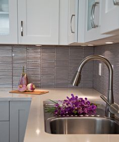 Lower Cabinets Upper In Different Colours The Soft Grayed Mauve Of