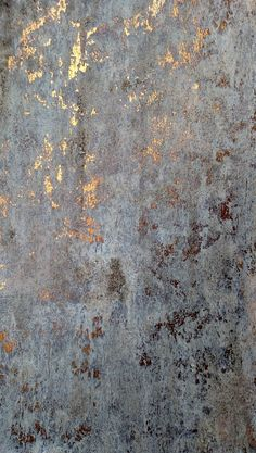 Antique gold - beautiful wall finish inspiration.  Try Artisan Enhancements Leaf and Foil Size for easy application metallic walls with no harmful chemicals or VOCs. www.facebook.com/