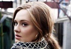 8-Apr-2013 10:49 - ADELE WEER TERUG IN DE STUDIO.  Adele concentreerde zich de laatste tijd vooral op het moederschap, nadat ze op 19 oktober 2012 beviel van zoontje Angelo. Maar de Britse boulevardkrant The Sun meldt dat ze terug is in de studio om met twee producers te werken aan een nieuw album.
