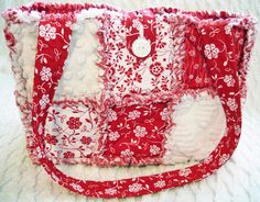 Rag Quilt Purse or Tote, Red and White, Vintage Chenille, Floral, Handmade.    etsy seller:  pandjcrafts