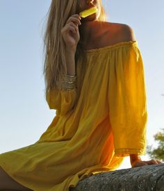 #wanderapparel #style #streetstyle #boho #chic #yellow #dress #offtheshoulders #icelolly #lemon #summer