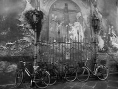 Bicycle stop - #Lucca, #Italy