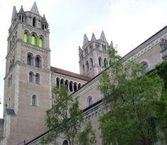 Impressionen von Notre Dame sur l'Isar - Moderne Architektur und Architekten in München