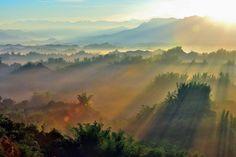 就是那道光 by Hsiung/d6478coke, via Flickr