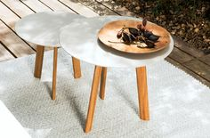 ILE - Contemporary side table / teak / aluminum / round by TRIBÙ Low Tables, Outdoor Tables, Garden Side Table, Contemporary Side Tables, Aesthetic Design, Outdoor Furniture, Home Decor, Evans, Coffee Tables