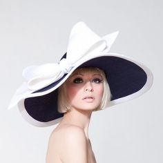 Dillon Wallwork is a London hat designer who creates high quality bespoke hats and couture headpieces. Fascinator Hats, Fascinators, Headpieces, Derby Day, Derby Time, Kentucky Derby Hats, Fancy Hats, Wearing A Hat, Church Hats