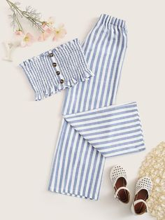 To find out about the Girls Striped Shirred Bandeau Top & Pants Set at SHEIN, part of our latest Girls Two-piece Outfits ready to shop online today! Summer Outfits For Teens, Teenage Girl Outfits, Girls Fashion Clothes, Cute Girl Outfits, Teen Fashion Outfits, Cute Casual Outfits, Cute Fashion, Pretty Outfits, Stylish Outfits