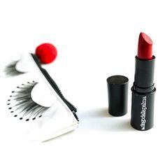 Nuovo post sul blog... @diegodallapalma_official #MATTISSIMO #mattelipstick  /// #diegodallapalma #review #lipstick #mattelipstick #makeup #makeuplover #makeupjunkie #aru #glamorousmakeup #aru #bb #beauty #beautyblog #beautyjunkie #instabeauty #sabbioni