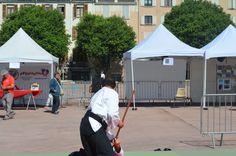 Journée Handisport Passion Partage, place d'Armes à Toulon, le 17 mai 2014. Démo d'Aïkido du matin. combat avec armes.