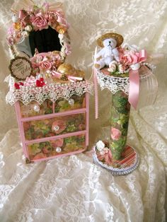 Shabby Chic Bracelet Holder - Scrapbook.com