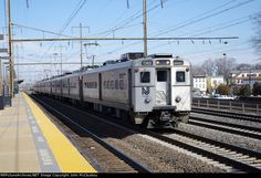 Meg Donnelly, Commuter Train, New Jersey, Trains, Usa, Beauty, Beauty Illustration, Train, U.s. States