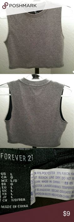 """Very Cute """"Forever 21"""" Crop Top Gray cute crop top mock neckline. Label has L for a large but can fit medium. Forever 21 Tops Crop Tops"""