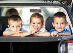 40 tips for going on road trips with toddlers and preschoolers. These are so great for going on a road trip with little kids. Road Trip Activities, Summer Activities For Kids, Fun Activities, Activity Ideas, Language Activities, Toddler Activities, Road Trip With Kids, Family Road Trips, Travel With Kids