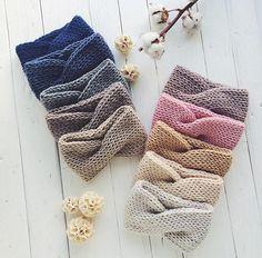 Image gallery – Page 564075922076053281 – Artofit Knit Headband Pattern, Knitted Headband, Knitted Hats, Crochet Hats, Crochet Headbands, Baby Headbands, Crochet Diy, Crochet Basics, Bijoux Shabby Chic