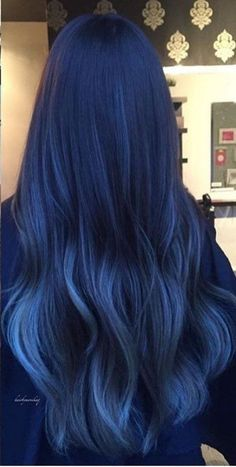 Latest trend in hair: Are you ready for navy blue hair? - - Latest trend in hair: Are you ready for navy blue hair? The popularity of navy blue hair is increasing! We are used to blue hair, pink, what about navy blue? Blue Ombre Hair, Ombre Hair Color, Cool Hair Color, Dyed Hair Blue, Hair Color Dark Blue, Color For Long Hair, Dark Hair With Blue, Silver Blue Hair, Two Color Hair