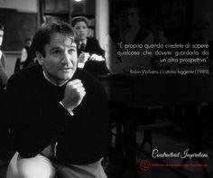 Prof. John Keating (Robin WIlliams) - L'attimo fuggente (1989)