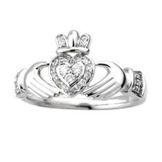 Ladies 14K White Gold Diamond Pavee Claddagh with 3 Diamond Heart