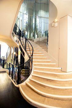 that staircase (!) again, apt of coco chanel, paris