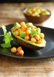 Alkaline Diet Recipe #144: Chickpea and Avocado Mash - I know that you guys often want me to give you an alkaline diet recipe that is a snack as well and this is a great one!  Enjoy with veggie sticks, dehydrated crackers, sprouted bread or with your salads for the perfect (filling) alkaline snack.