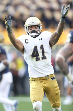Nov.7 2015 - ND 42 - Pitt 30 - Cornerback Matthias Farley (41) celebrates after intercepting a pass in the end zone (Charles LeClaire-USA TODAY Sports)UND.COM PHOTO CENTER