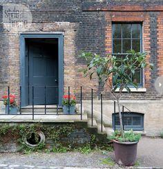 7-painting-tips-front-door.jpg