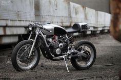 Yamaha XJ600 Custom by Pimmel & Messer Garage | Moto Rivista