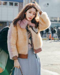 Female Actresses, Korean Actresses, Korean Actors, Park Shin Hye, The Heirs, Kpop Fashion, Fashion Show, Dr Park, Kim Rae Won