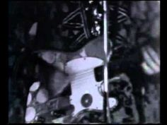 Pink Floyd/Syd Barrett - Astronomy Domine (Live 1967) - Great early live TV performance of 'Astronomy Domine' broadcast on BBC Look of the Week May 14th 1967, just a few months before Syd's tragic mind blowout from acid.