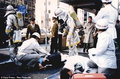Former Aum Shinrikyo cult member Katsuya Takahashi, who spent 17 years on the run after he was suspected of taking part in the deadly 1995 sarin nerve gas attack on the Tokyo subway, has been arrested. Tokyo Subway, Police, Japanese, London, Couple Photos, Mystery, Training, Libros