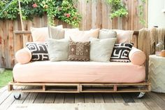 Make a couch- or sectional out of a *painted palette  outdoor cushions - ideal for any out door area bettybake