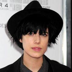 Deyn Gobbles Up Goblin hat hat hat, agnes deynhat hat hat, agnes deyn Agnes Deyn, Military Inspired Fashion, Grunge, Love Me Forever, Androgyny, Goblin, Crossdressers, Hats For Women, Black Hair
