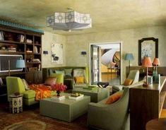 green living room decor pop of orange Dark Green Living Room, Green Rooms, Living Room Colors, Living Room Decor, Living Rooms, Beautiful Interior Design, Best Interior Design, Interior Design Living Room, Living Room Designs