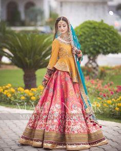 Pakistani Mehndi Dress, Pakistani Party Wear Dresses, Bridal Mehndi Dresses, Pakistani Wedding Outfits, Indian Bridal Lehenga, Indian Bridal Fashion, Pakistani Wedding Dresses, Wedding Dresses For Girls, Pakistani Dress Design