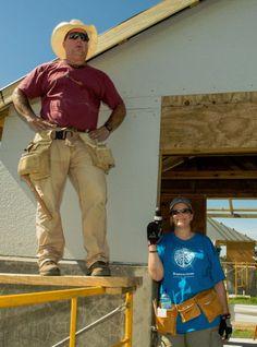 Garth Brooks and Trisha Yearwood join Habitat for Humanity in Haiti