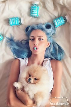 Model Roz enjoys 2 SugarBearHair gummy vitamins each day for healthier hair.