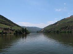 Passeio de barco Rabelo no rio Douro © Viaje Comigo Douro Portugal, Rio, Water, Outdoor, Boating, Viajes, Traveling, Traditional, Gripe Water