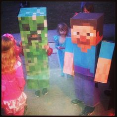 Steve from minecraft and a Creeper too! Creative Kids, Creative Crafts, Steve Costume, Homemade Halloween Costumes, Fun Games For Kids, Indoor Activities, Creepers, Trick Or Treat, Cool Kids
