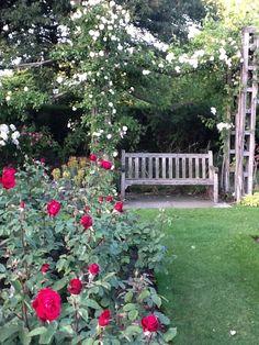 Marvelous Victorian Garden Nook At Regents Park   London, England