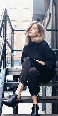 street style black knit @wachabuy