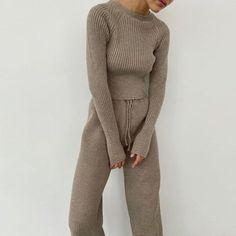Long Sleeve Outfits, Long Sleeve Sweater, Long Sleeve Tops, Warm Sweaters, Long Sweaters, Sweaters For Women, Cozy Winter Outfits, Streetwear, Knit Fashion