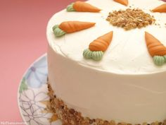 Layer cake de zanahoria con frosting de queso - MisThermorecetas Thermomix Cheesecake, Gourmet Cakes, Natural Beauty Recipes, Cake Photography, Carrot Cake, Cupcake Cakes, Cake Decorating, Bakery, Yummy Food