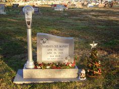 Barbara Sue Manire (1941 - 2005) - Find A Grave Photos Said she always wanted a parking meter for a stone.