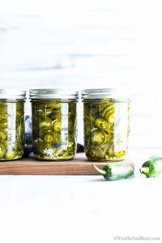 Canning Jalapeno Peppers, Pickled Jalapeno Peppers, Canned Jalapenos, Pickling Jalapenos, Pickling Peppers, Preserving Food, Pickled Jalapeno Recipe, Jalapeno Recipes, Kitchens
